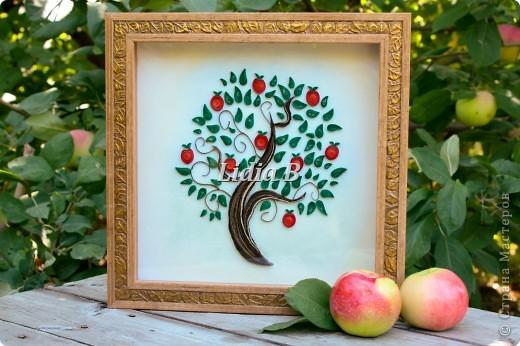 """Получила задание в блоге http://homyachok-scrap-challenge.blogspot.com/  как приглашенный дизайнер в общем задании """"Райские яблочки"""". В итоге получился вот такой веночек из яблочек фото 3"""