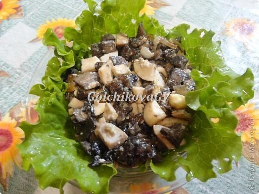 """Наступил сезон грибной """"охоты"""". И я предлагаю очень вкусный и легкий рецепт грибного блюда, который можно приготовить и в будние и праздничные дни. Может быть начинкой для пирогов или самостоятельным блюдом.  Одинаково вкусно и в горячем и холодном виде. фото 1"""