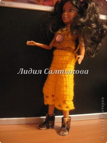 новые сапожки для нашей куколки. обувь сделана из картона и ткани. фото 3