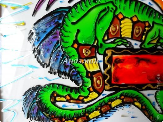 Вот так в целом выглядит дракон) фото 3