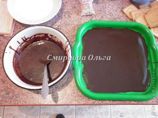 Тортик очень прост в приготовлении... Его может сделать и 3-х летний ребёнок под руководством родителя. фото 5