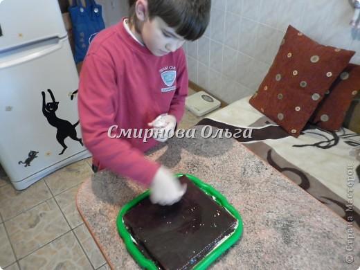 Тортик очень прост в приготовлении... Его может сделать и 3-х летний ребёнок под руководством родителя. фото 21