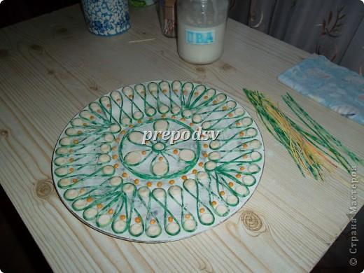 Решила показать как я делаю тарелки из газет.Это последняя тарелка, она для бело-голубой кухни. А теперь обо всем подробно. фото 9