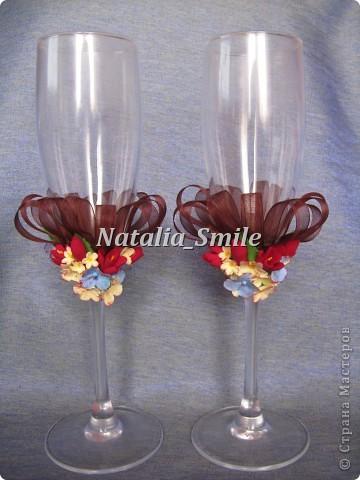Такими бокалами можно украсить любой праздник: свадьба, день рождения, новый год, да и просто романтическое свидание... Пусть ваш вечер будет неповторим!!! фото 1