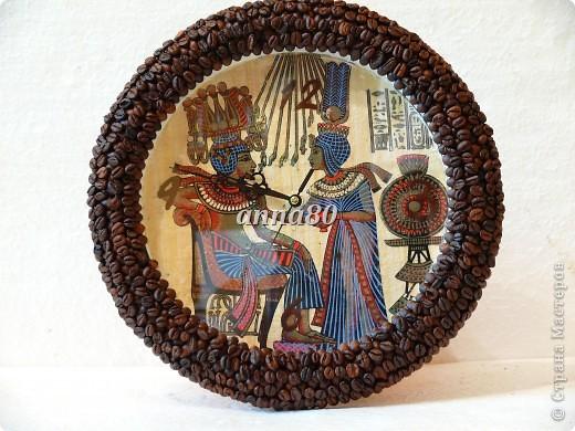 Часы для моих родителей!!! Внутри папирус,снаружи кофе. Настенные,диаметр 33 см.