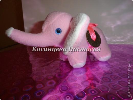 Здравствуйте, захотелось показать моих милых слоников, которые были сделаны на 8 марта) на спинке привязанная ленточкой монетка)  фото 3