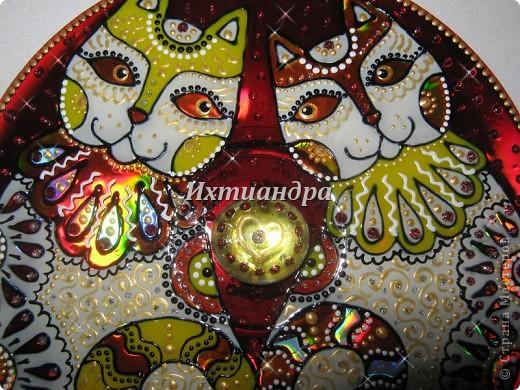 Картина панно рисунок День рождения Роспись Витражные фантазии на дисках Диски компьютерные Краска фото 4