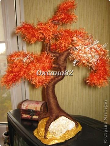 Здравствуйте дорогие Мастерицы!Вот мои деревья из травки)))Это первое,полностью из ниточек!
