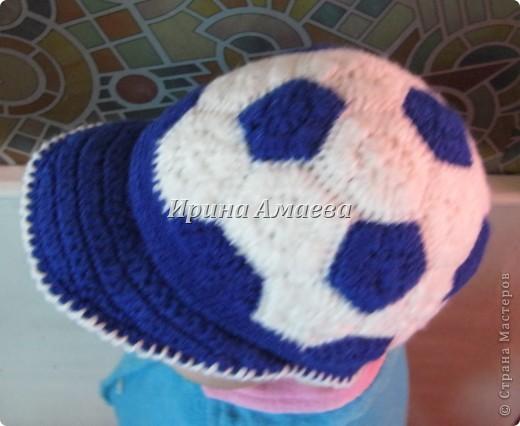 Всем привет!!! Пинетки-кеды и кепку в виде футбольного мяча я связала в подарок малышу на годик. фото 27