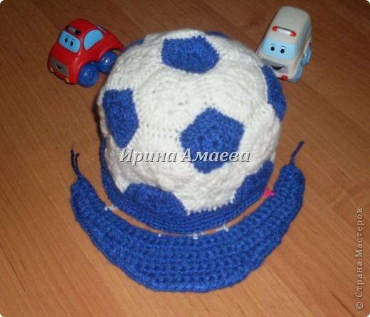 Всем привет!!! Пинетки-кеды и кепку в виде футбольного мяча я связала в подарок малышу на годик. фото 21