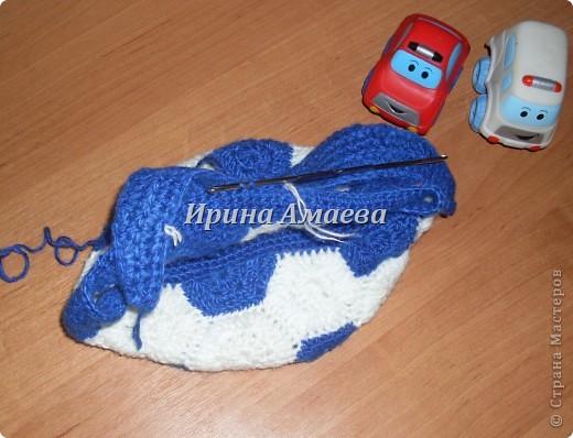 Всем привет!!! Пинетки-кеды и кепку в виде футбольного мяча я связала в подарок малышу на годик. фото 23