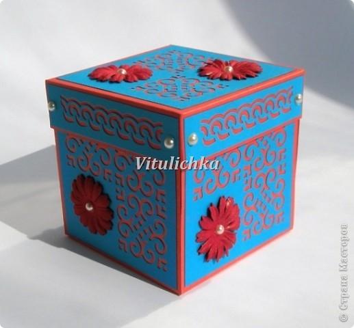 Поздравительные открытки-коробочки для учителей. Размер 7х7х7 см Надписи Марины Абрамовой http://marina-abramova.blogspot.com/ Розы по МК http://asti-n.ya.ru/replies.xml?item_no=184 фото 22
