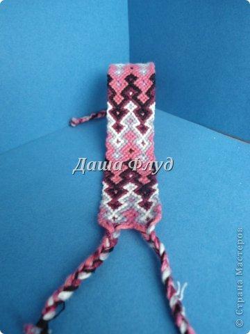 Здравствуйте! Решила я похвастаться своими фенечками-браслетами. Увлеклась плетением где-то в мае, и с тех пор уже немного наплелось.   Спасибо за просмотр! фото 5
