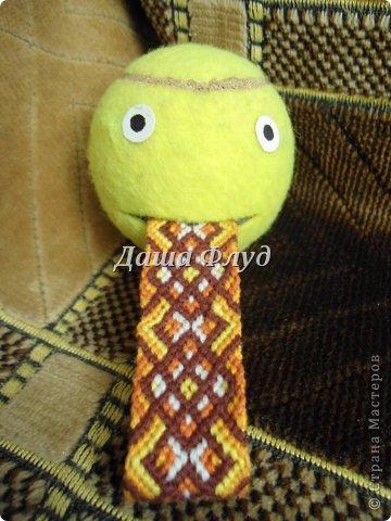 Здравствуйте! Решила я похвастаться своими фенечками-браслетами. Увлеклась плетением где-то в мае, и с тех пор уже немного наплелось.   Спасибо за просмотр! фото 1