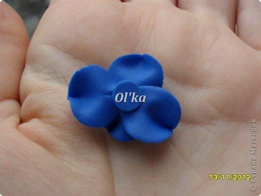 Здравствуйте, Мастерицы! Как и обещала, сделала МК по лепке своего цветочка.  Делать будем цветок неопознанной породы. Это или сорт фиалочки, или гортензия. Вообщем, кто знает ЧТО это - поделитесь, пжлст. :) фото 10