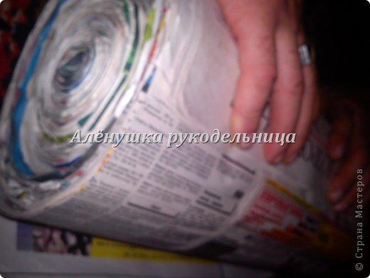Мастер-класс Бумагопластика Шитьё пуфик из газет мебель для дома Бумага газетная Поролон Ткань фото 3