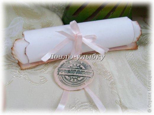"""Вот такие вариациии на тему Свадебных приглашений. Заказали приглашения в форме свитков...тематики свадьбы нет, предпочтений тоже...единственное пожелание было - можно добавить розовую ленту. Повторять обычные свитки и ленты мне неочень хотелось....хотелось что-то  новое относительно.... Поэтому вариация первая """"5 o`clock tea"""" фото 5"""