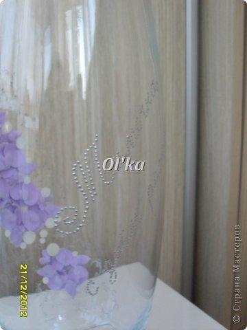 Здравствуйте, Мастерицы!!!! Хочу показать Вам свои новые работы с цветочками из пластики. Моя первая ваза. Сделана на заказ.  фото 3