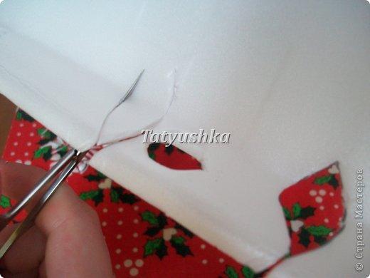 Здравствуйте, мастера и мастерицы! Предлагаю посмотреть, как можно сделать или попробовать самим сделать простые цветочки из упаковки от яиц.  фото 39