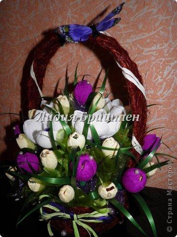 Цветы в корзинках из гофрированной бумаги своими руками