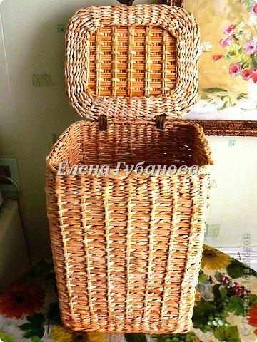 Плетение крышек корзин для белья из газетных