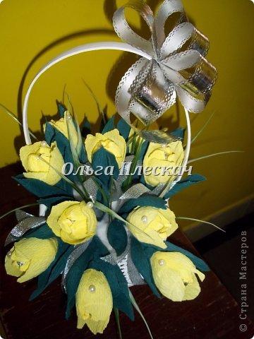 Делала подарок на День рождения коллеге))) Мой первый букетик с конфетками))) фото 1