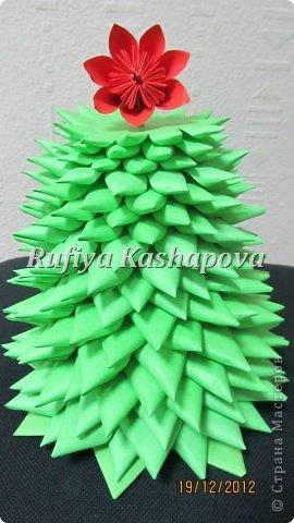 Цветы из гофрированной бумаги. фото 6