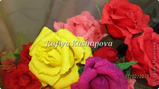 Цветы из гофрированной бумаги. фото 4