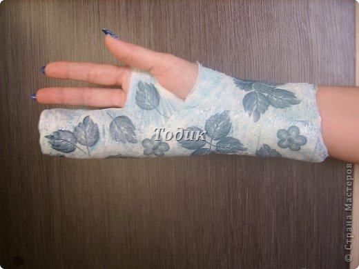ЭТО МОЯ УКРАШЕННАЯ РУКА В ГИПСЕ  (выполнена левой рукой) фото 3