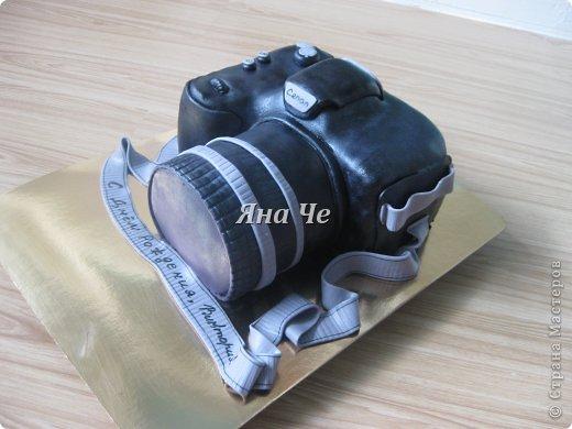 Такой вот торт-фотоаппарат сегодня я сделала. Делала его впервые и постаралась запечатлеть сей процесс, чем и хочу поделиться с Вами. Это первый мой МК, так что не судите строго. фото 16