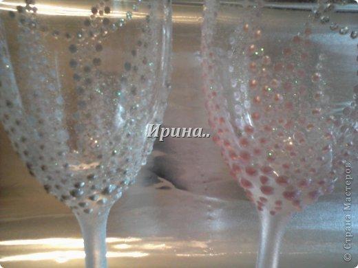В результате долгих трудов получились вот такие бокальчики со свечками-  серо-жемчужный и розово-жемчужный фото 2