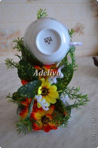 Доброе время суток жители страны!!!! Ну уж очень меня вдохновили чашечки, да и заказчицам мои нравится. В эту работу кроме цветов искусственных, добавила спрутик  и ленты атласные.  фото 3
