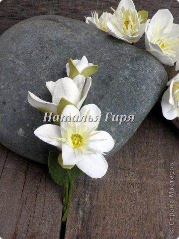 Цветы для свадебных аксессуаров