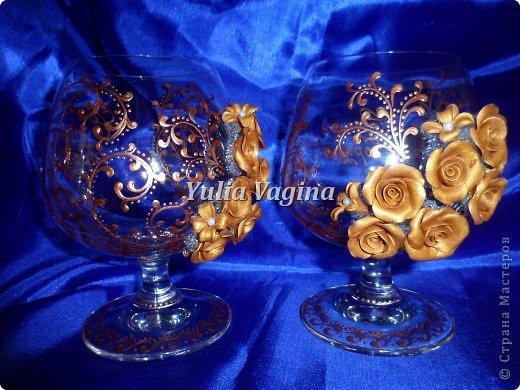 Получила заказ на оформление юбилейных свадебных бокалов для вручения в день города, вот, что у меня получилось... фото 4