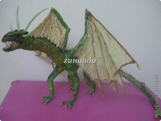 Авторская кукла Дракон Смауг,рост 35 см.,в ширину 63 см.,в длину 52см.,в единственном экземпляре,2012 г.. фото 1