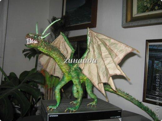 Авторская кукла Дракон Смауг,рост 35 см.,в ширину 63 см.,в длину 52см.,в единственном экземпляре,2012 г.. фото 3