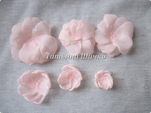 МК розы из капрона фото 6
