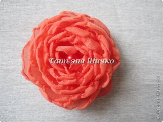 МК розы из капрона фото 10