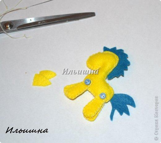 Мастер-класс Поделка изделие Новый год Шитьё Лошадки-малышки из фетра + МК Фетр фото 15