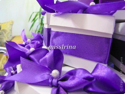 Сделать свадьбу по-настоящему запоминающейся очень легко. Чтобы это событие получилось особенным и неповторимым, подготовьте бонбоньерки – милые памятные подарочки для гостей, которые станут для них неожиданным приятным сюрпризом. фото 6