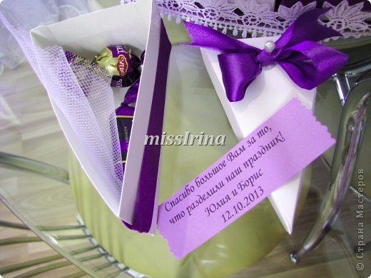Сделать свадьбу по-настоящему запоминающейся очень легко. Чтобы это событие получилось особенным и неповторимым, подготовьте бонбоньерки – милые памятные подарочки для гостей, которые станут для них неожиданным приятным сюрпризом. фото 7