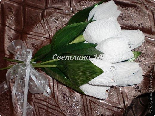 Добрый вечер всем,всем, всем!!! Представляю на суд свою работу - букет тюльпанов. Заказчице нужен был букет  из как-будто только, что срезанных цветов. Остановились на тюльпанах. фото 5