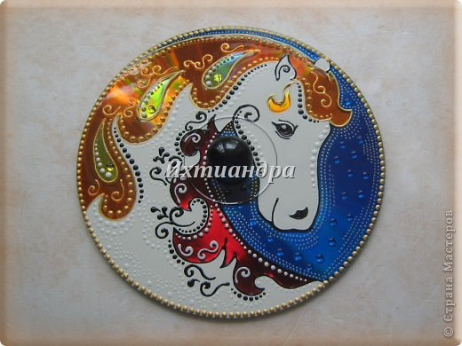 Картина панно рисунок Новый год Витраж Лошадь - лучший подарок  Диски компьютерные Краска фото 15