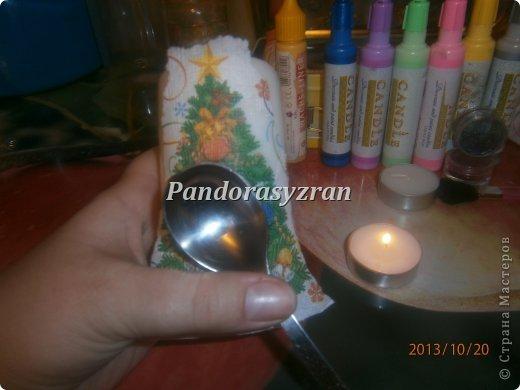 Декупаж салфетками на свечах, путём припаивания горячей ложкой. фото 7