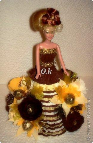 Всем привет, девочки! Я сегодня с новой куклой, самой любимой. На платье 13 конфет, розы и ваниль.  фото 2