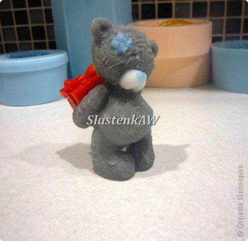 Приветствую жителей СМ! Хочу рассказать и показать как я заливаю такого вот милого мишку. Это мой первый МК, прошу строго не судить, но недостатки все же указать! фото 11