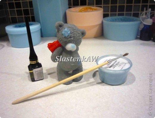 Приветствую жителей СМ! Хочу рассказать и показать как я заливаю такого вот милого мишку. Это мой первый МК, прошу строго не судить, но недостатки все же указать! фото 12