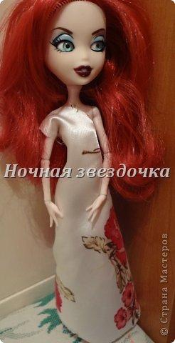"""Всем приветик!!!Мы с моими куклами решили поучаствовать в замечательном конкурсе """"Моё шикарное платье"""" . Я сделала несколько платьев. Вот первое: фото 7"""