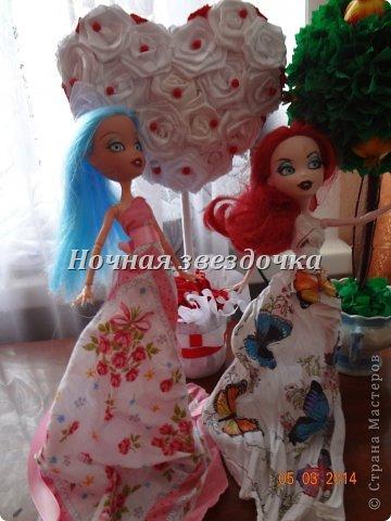 """Всем приветик!!!Мы с моими куклами решили поучаствовать в замечательном конкурсе """"Моё шикарное платье"""" . Я сделала несколько платьев. Вот первое: фото 4"""