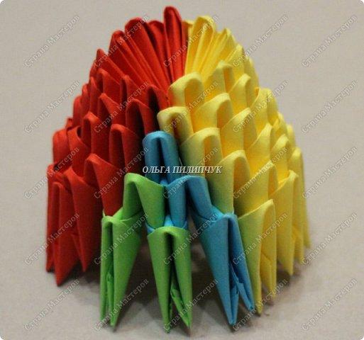 Для сборки петуха необходимо всего 359 модулей  (1/32) 150 - модулей красного  цвета 101 -  модуль жёлтого цвета    51 -  модуль зелёного цвета    40 -  модулей синего цвета    17 -  модулей оранжевого цвета   фото 6